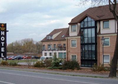 Neubau einer Reihenhaussiedlung plus Hotel in Grossbeeren - Architekt Reinhard D. Schulz