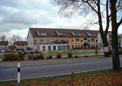 Neubau Reihenhaussiedlung und Hotel in Grossbeeren - Architekt Reinhard D. Schulz